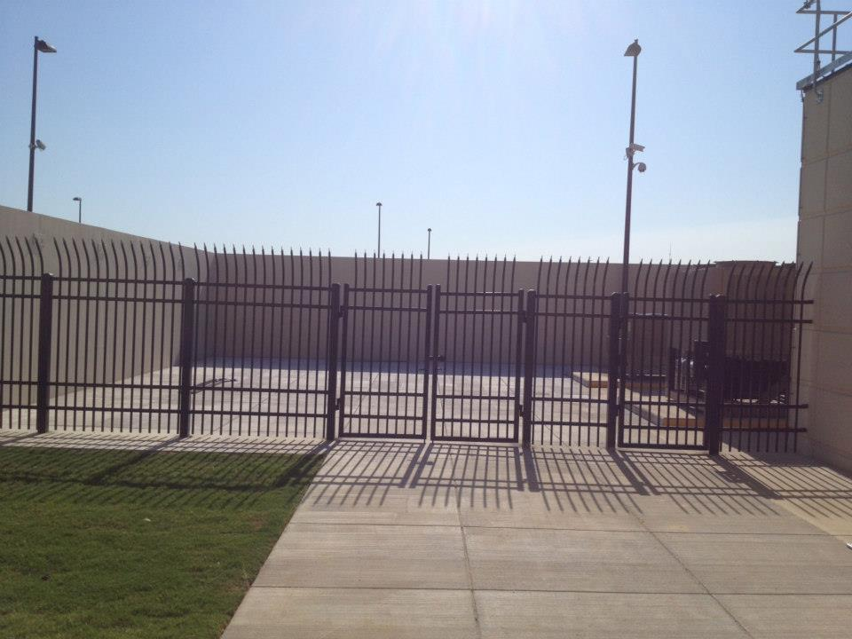 high security fence and barriers 4